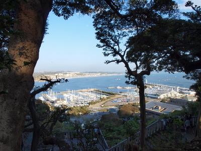 江ノ島の高台から・・1
