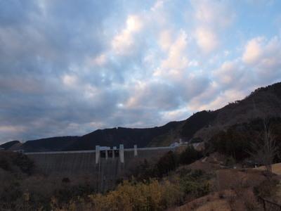 夕景の宮ヶ瀬ダム